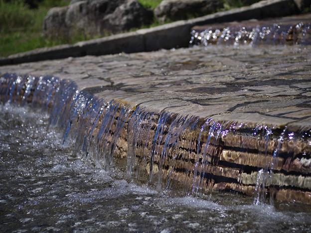 151002_山梨県北杜市・白州・尾白の森名水公園「べるが」_親水池_DA0253391_B50EL_NH_F4_X6As