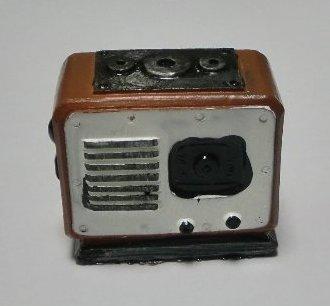 アンティーク風置物 ラジオ