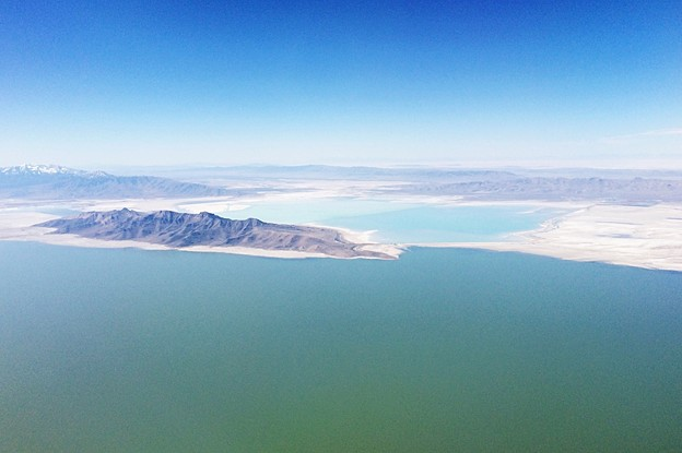 Great Salt Lake 上空…2