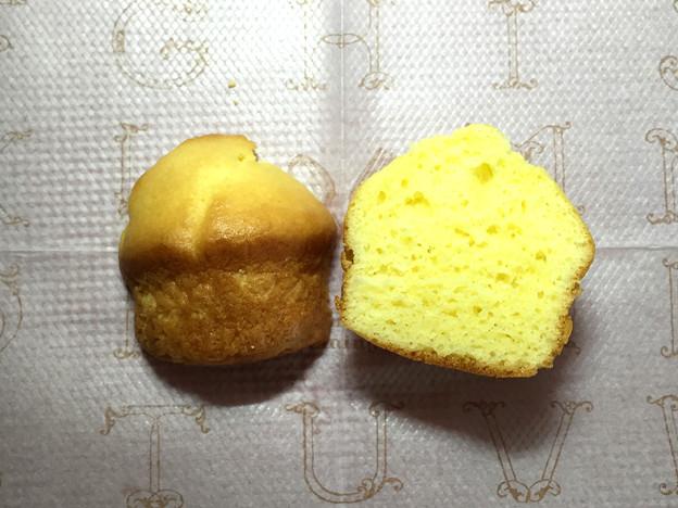 『もりもと』の1g1.5円「量り売りパン 桜ごまもっち他」07