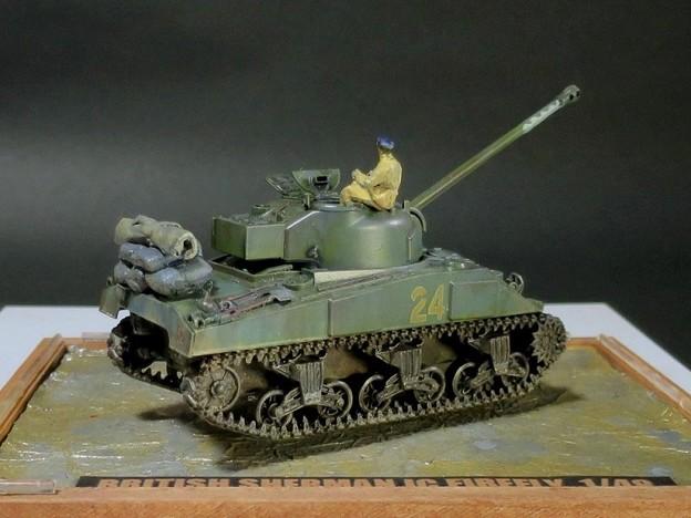 02 Sherman 1C Firefly  1;48 (Tamiya)