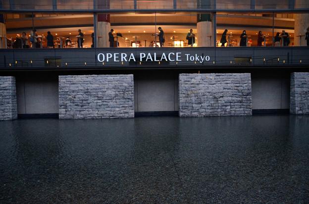 4月13日、東京オペラシティ(新国立劇場前)