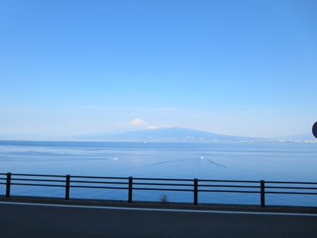 小舟と富士