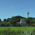 写真: 名鉄瀬戸瀬から見た城山公園・旭城 - 06