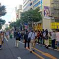 写真: 名古屋まつり 2015 大津通のパレード No - 1:パレードを見に集まった沢山の人たち