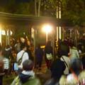 写真: 名港水上芸術花火 2015 No - 5:大勢の人で賑わう会場周辺