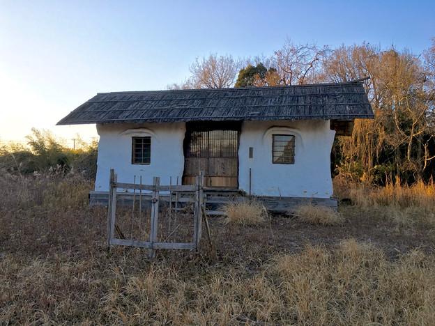 山下しずおが公約違反して勝手に土地の一部を売却しようとしてる、小牧市農業公園予定地 - 8:モリゾーの家(売却予定地)