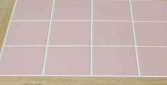 ピンクカラータイル