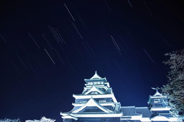 熊本城で比較明合成