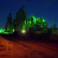 写真: 工場街の悪夢.......