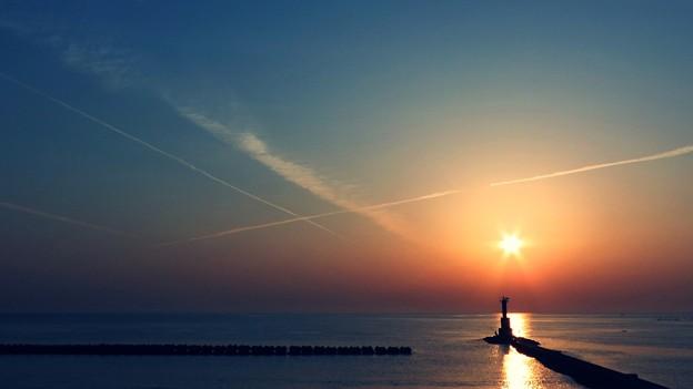 Photos: 夜明けのキャンバス