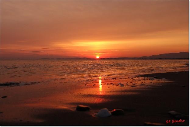 写真: 伊勢の夜明け