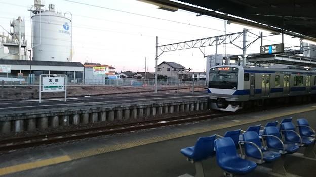 E531系とホーム [JR 友部駅]