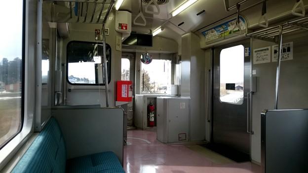 車内(キハ110系 キハ110-237) [JR 陸羽西線]