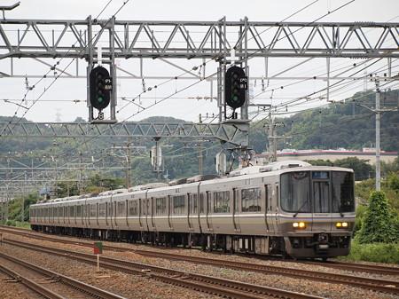 223系新快速   東海道本線島本~山崎04