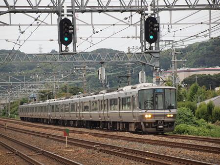 223系新快速   東海道本線島本~山崎06