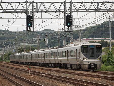 225系新快速   東海道本線島本~山崎02