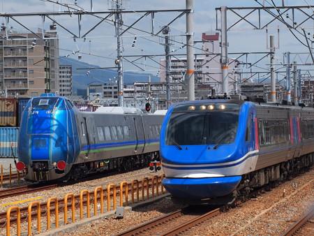 HOT7000系特急スーパーはくととキハ285系 山陽本線鷹取駅