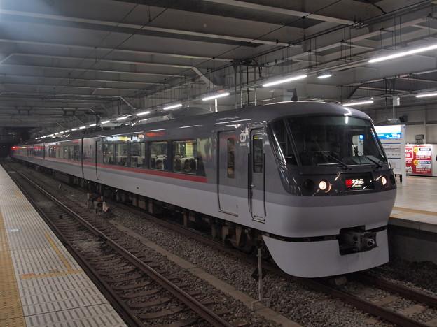 西武10000系特急ちちぶ  西武池袋線所沢駅02