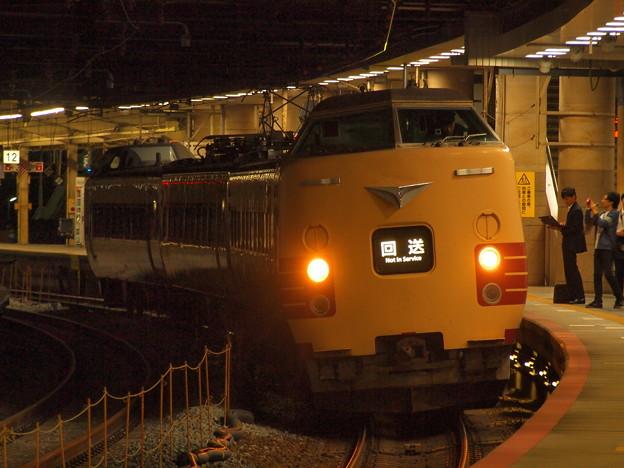 381系特急こうのとり   東海道本線新大阪駅13