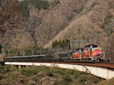 DD51 トワイライトエクスプレス 伯備線方谷~備中川面02