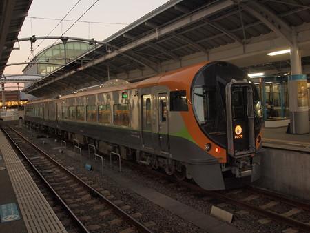 8600系特急いしづち 予讃線高松駅
