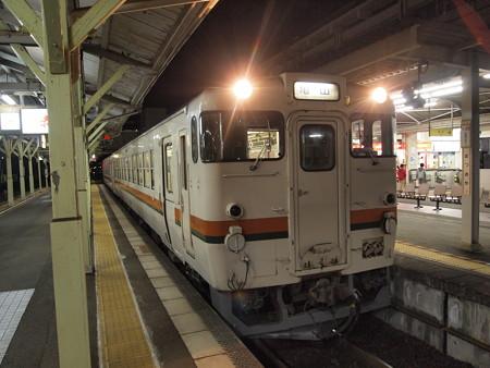 キハ48形普通 紀勢本線松阪駅01