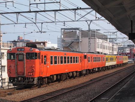 キハ40回送 山陽本線下関駅03