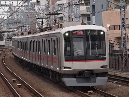 東急5000系急行 東急目黒線武蔵小杉駅