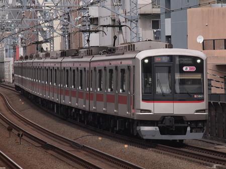 東急5000系各停 東急東横線武蔵小杉駅01