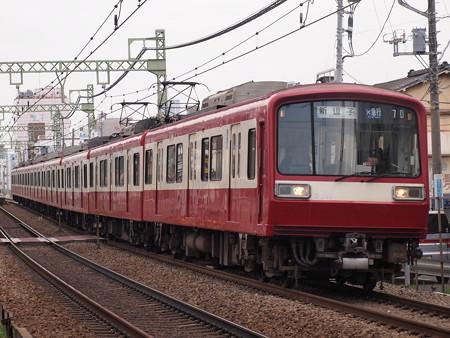 京急2000形エアポート急行 京急本線仲木戸~神奈川