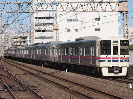 京王9000系各停   京王線笹塚駅01