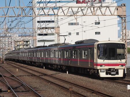 京王8000系準特急 京王線笹塚駅