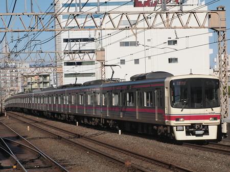 京王8000系特急 京王線笹塚駅