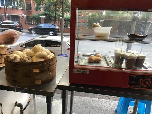 朝の拉麺と湯包のお店 (7)