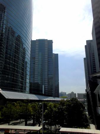 Metropolis_品川駅港南口界隈-33