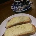 Photos: そして回り道喫茶店で、ゴルゴンゾーラのチーズトースト。珈琲はデカフェが導入されてて助かった。とにかく今は休息と頭の整理。まだまだ、種を蒔く日々・・・ #喫茶放浪記 160121
