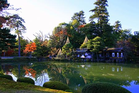 初冬の兼六園 霞が池