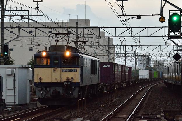 EF641019牽引高速貨物1090レ