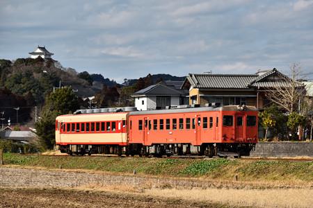 大多喜城とキハ