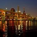 高速と神戸の街