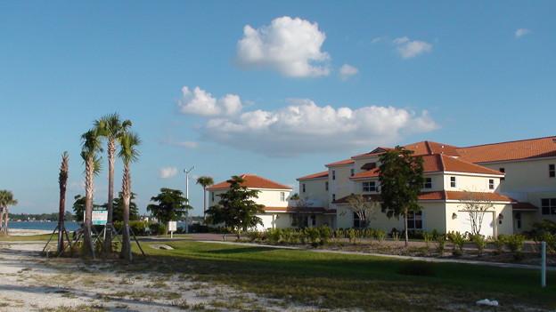 ビーチ沿いにある家
