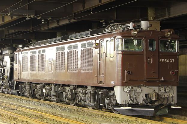 EF64-37号機