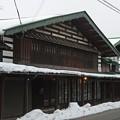 Photos: こみせ通りの木造建築
