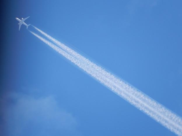 写真: DSCN0079 秋飛行機雲