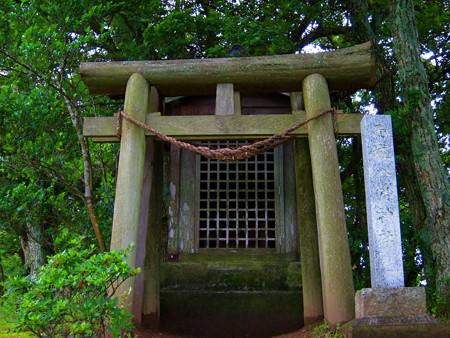雨城八幡神社