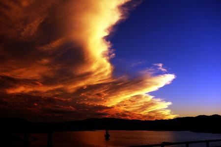 高滝湖の夕焼け雲