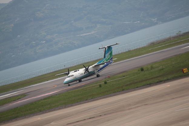 176 5月2日 長崎県 長崎空港 展望デッキ オリエンタルエアブリッジ DHC-8 JA802B