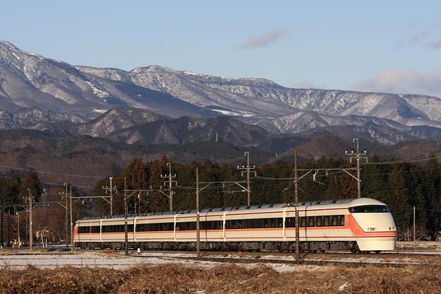東武鉄道 100系 【JR東日本直通特急】 スペーシアきぬがわ JR新宿 行