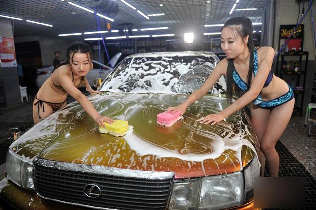 ビキニ小姐が洗車by太原(山西省) 懲りない方々(笑) (8)